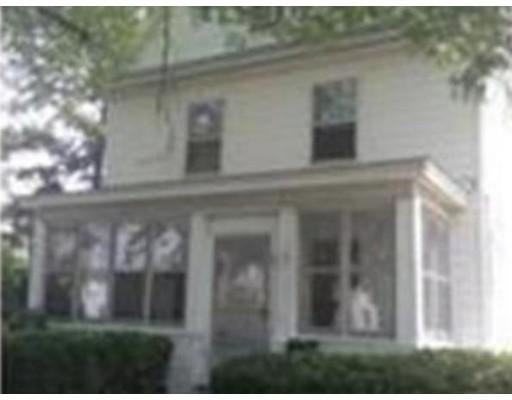 Casa Unifamiliar por un Alquiler en 568 Pleasant Street Norwood, Massachusetts 02062 Estados Unidos