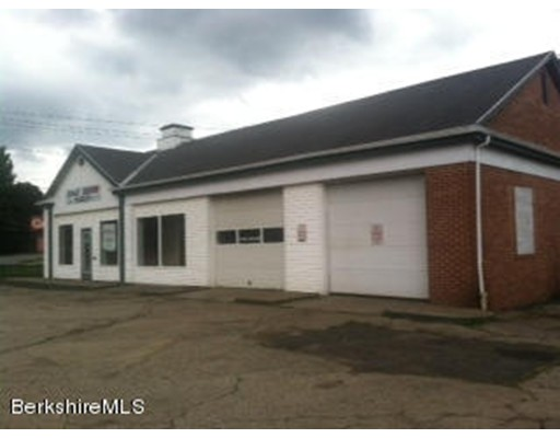 Commercial for Sale at 360 State Road North Adams, Massachusetts 01247 United States