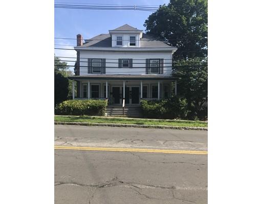 Casa Unifamiliar por un Alquiler en 141 High Street North Attleboro, Massachusetts 02760 Estados Unidos