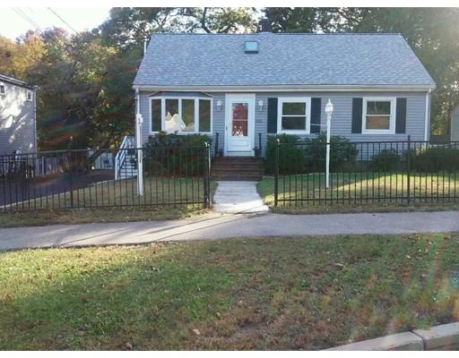 Single Family Home for Sale at 166 Walnut Street Braintree, Massachusetts 02184 United States