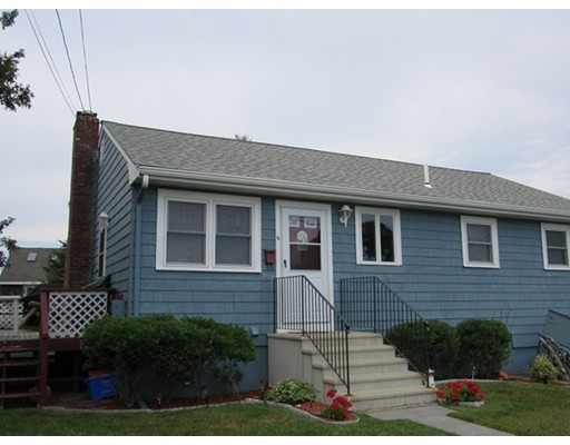 Single Family Home for Rent at 9 Central Place Bourne, Massachusetts 02532 United States