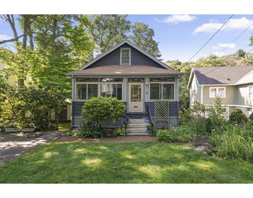 42 Fletcher Ave, Lexington, MA 02420
