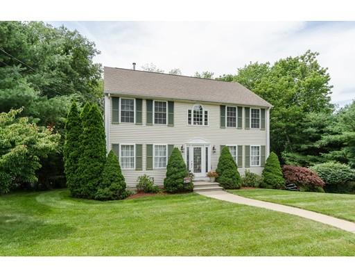 Casa Unifamiliar por un Venta en 3 Waterman Farm Road Cumberland, Rhode Island 02864 Estados Unidos