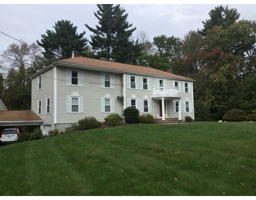 Casa Unifamiliar por un Venta en 25 Whitewood Road 25 Whitewood Road Milford, Massachusetts 01757 Estados Unidos