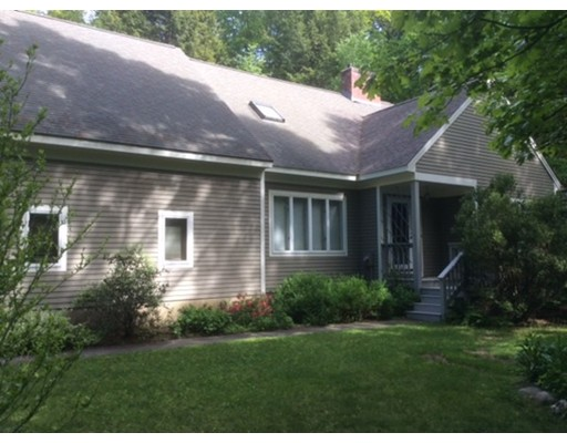 Single Family Home for Sale at 3 Bears Den Drive Sunderland, Massachusetts 01375 United States