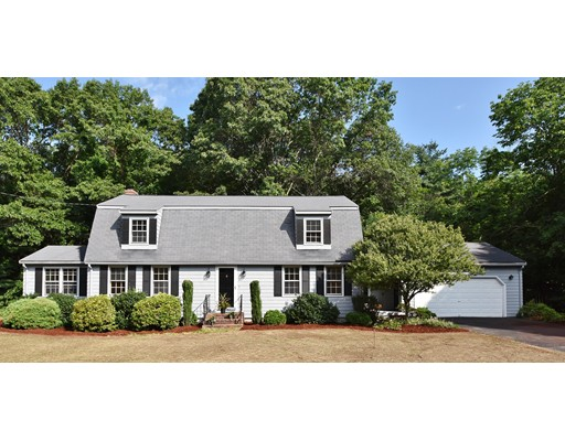 Single Family Home for Sale at 10 Douglas Road 10 Douglas Road Westford, Massachusetts 01886 United States