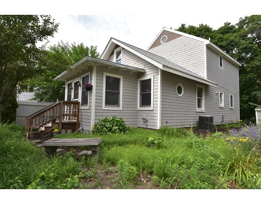 Single Family Home for Sale at 211 West Plain Street Wayland, Massachusetts 01778 United States