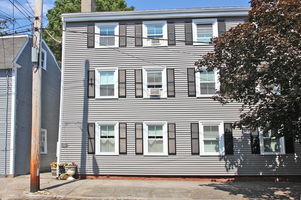 Property for sale at 90 Lime St, Newburyport,  MA 01950