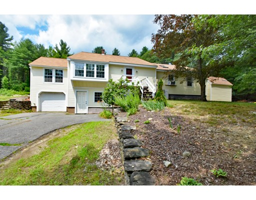 Single Family Home for Sale at 145 Fitchburg Road Townsend, Massachusetts 01469 United States