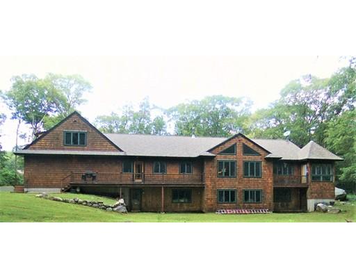 独户住宅 为 销售 在 258 Tower Hill Road 坎伯兰郡, 罗得岛 02864 美国