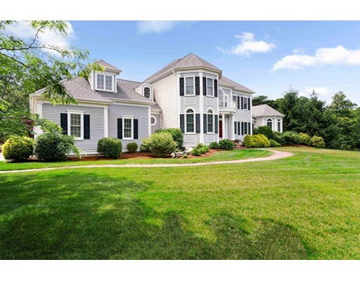 Single Family Home for Sale at 895 Cedar Barnstable, Massachusetts 02668 United States