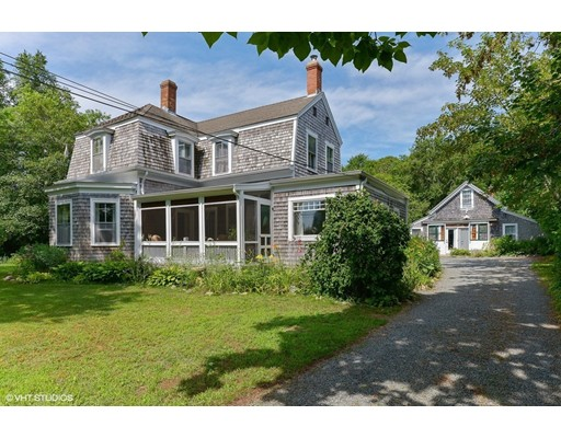 Single Family Home for Sale at 586 South Main Barnstable, Massachusetts 02632 United States