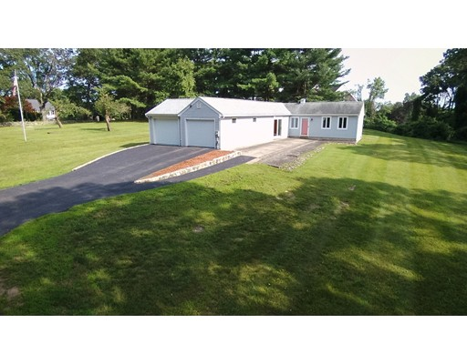 Single Family Home for Sale at 1 Parmenter Road Southborough, Massachusetts 01772 United States