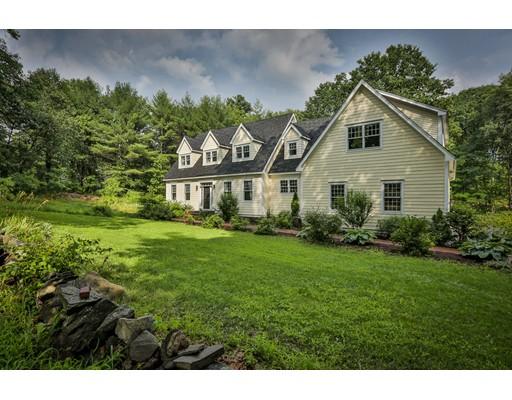 Частный односемейный дом для того Продажа на 362 Pond Street Dunstable, Массачусетс 01827 Соединенные Штаты
