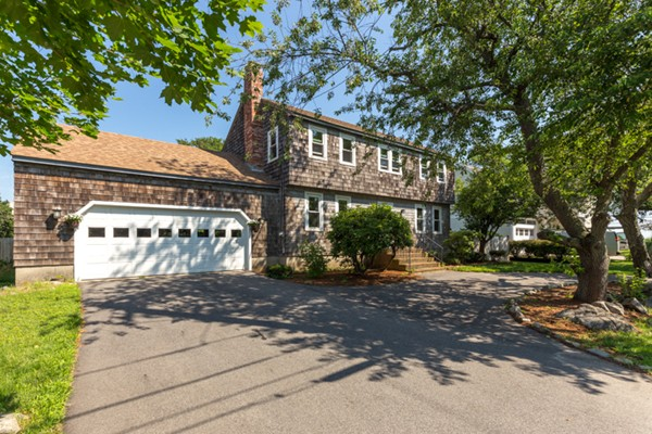 Property for sale at 2 Ocean Ave, Newburyport,  MA 01950