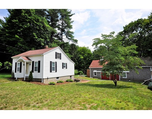 Casa Unifamiliar por un Venta en 25 Saint James Avenue East Bridgewater, Massachusetts 02333 Estados Unidos