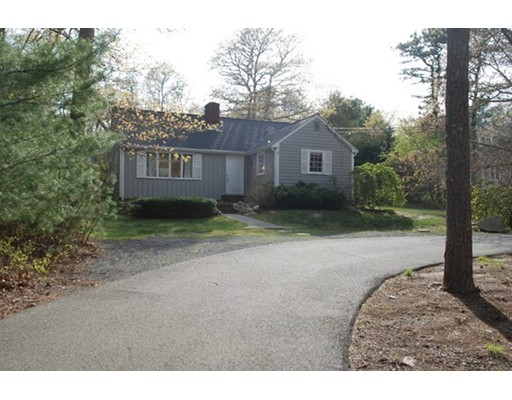 Single Family Home for Sale at 399 Scraggy Neck Road Bourne, Massachusetts 02534 United States