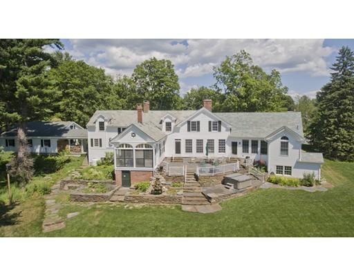 واحد منزل الأسرة للـ Sale في 1 Bittersweet Lane 1 Bittersweet Lane Granby, Massachusetts 01033 United States