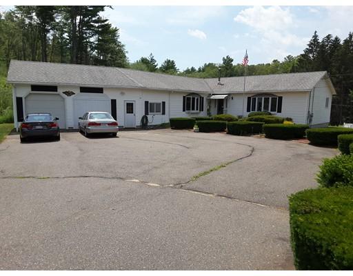 واحد منزل الأسرة للـ Sale في 14 Shady Path 14 Shady Path Ware, Massachusetts 01082 United States