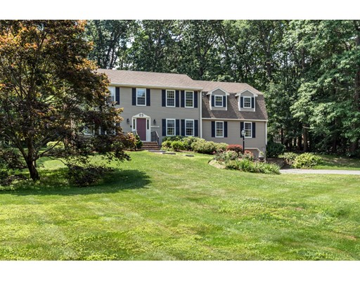 Single Family Home for Sale at 117 Bridle Path North Andover, Massachusetts 01845 United States