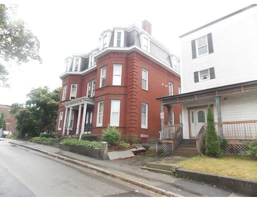 Maison avec plusieurs logements pour l Vente à 7 Sycamore 7 Sycamore Worcester, Massachusetts 01608 États-Unis