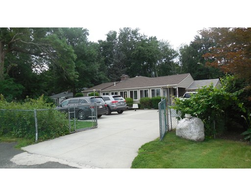 Single Family Home for Sale at 687 River Road Agawam, Massachusetts 01001 United States