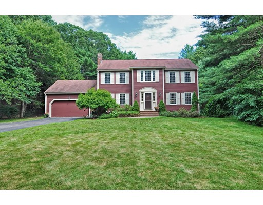 Single Family Home for Sale at 18 Chickadee Drive Norfolk, Massachusetts 02056 United States