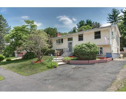 Maison unifamiliale pour l Vente à 5 Bradford Road 5 Bradford Road Hudson, Massachusetts 01749 États-Unis