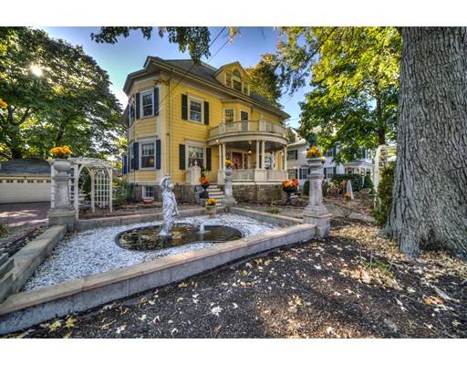 Single Family Home for Rent at 118 Bellevue Avenue Melrose, Massachusetts 02176 United States