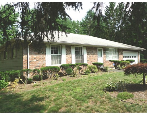 Single Family Home for Sale at 69 Grantwood Drive Amherst, Massachusetts 01002 United States