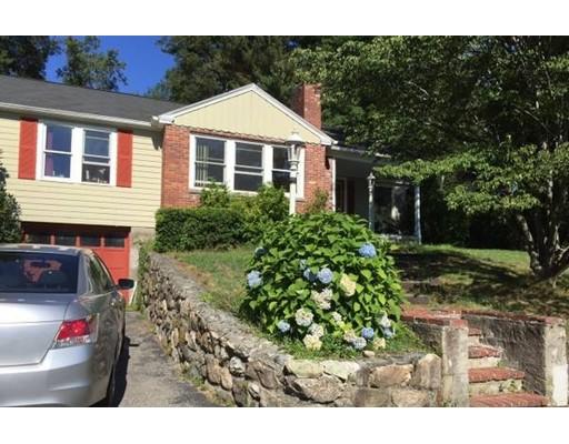 Частный односемейный дом для того Аренда на 12 Beech Circle Andover, Массачусетс 01810 Соединенные Штаты