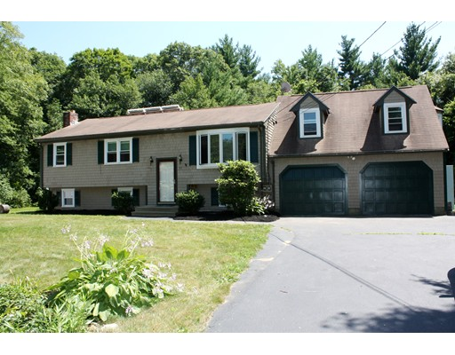 Single Family Home for Sale at 177 Pine Street East Bridgewater, Massachusetts 02333 United States