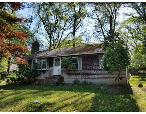 Single Family Home for Sale at 18 Davis Circle Attleboro, Massachusetts 02703 United States