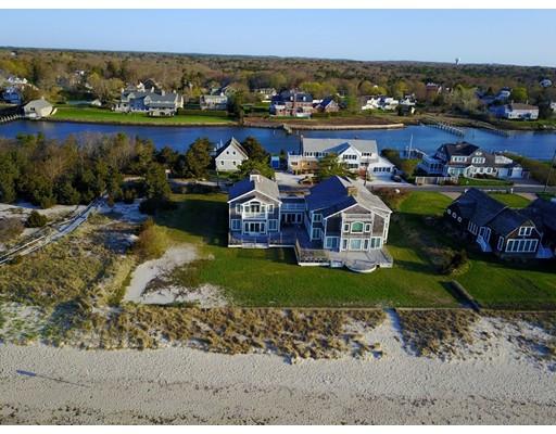 واحد منزل الأسرة للـ Sale في 309 Long Beach Road Barnstable, Massachusetts 02632 United States