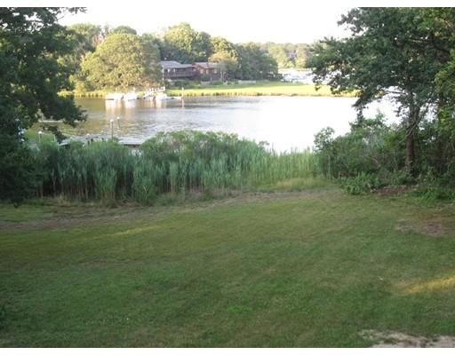 Casa Unifamiliar por un Venta en 133 Mayflower Ter Yarmouth, Massachusetts 02664 Estados Unidos