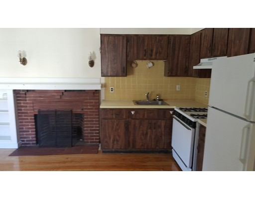 Additional photo for property listing at 16 Jason Street  Arlington, Massachusetts 02476 Estados Unidos