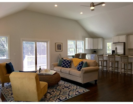 Single Family Home for Sale at 348 North Main Cohasset, Massachusetts 02025 United States