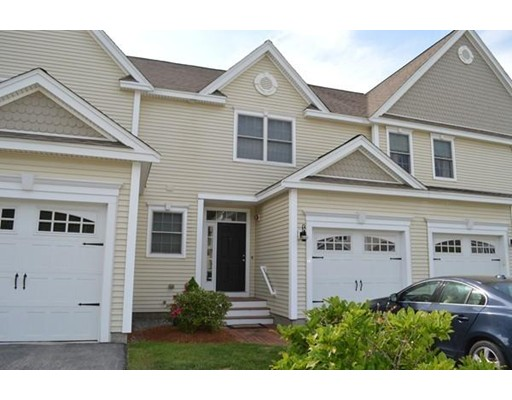 Condominio por un Alquiler en 11 Autumn Ln #11 11 Autumn Ln #11 Northborough, Massachusetts 01532 Estados Unidos