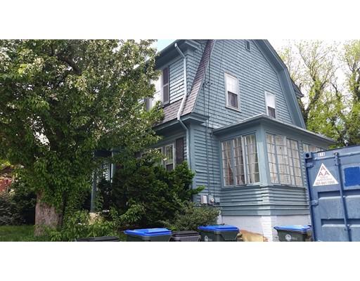 Casa Unifamiliar por un Venta en 73 Roanoke Street Providence, Rhode Island 02908 Estados Unidos