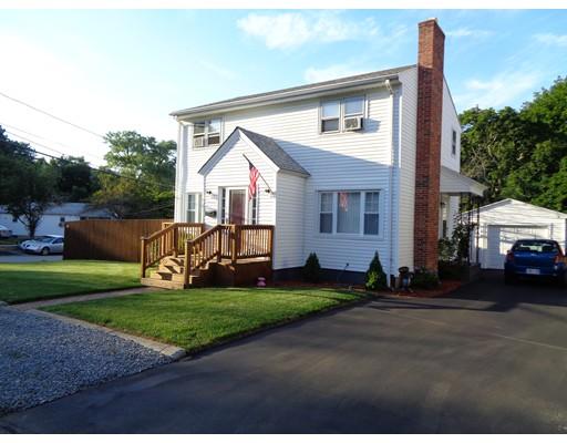 Maison unifamiliale pour l Vente à 21 Lincoln Avenue North Providence, Rhode Island 02904 États-Unis