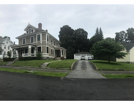 85 Myrtle St, Lowell, MA 01850