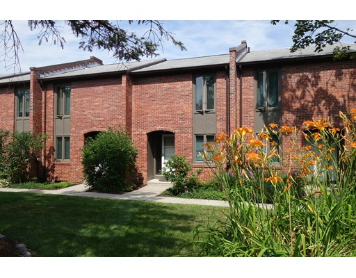 Condominium for Sale at 10 Bedford Court Amherst, Massachusetts 01002 United States