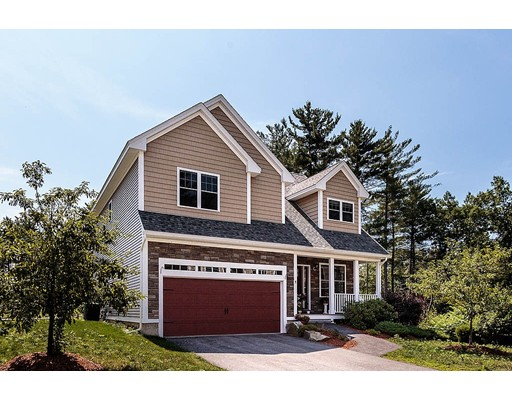 Single Family Home for Sale at 4 Mohegan Place 4 Mohegan Place Westford, Massachusetts 01886 United States
