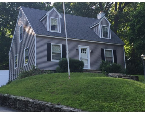 Single Family Home for Rent at 11 Nottingham Road Worcester, Massachusetts 01609 United States