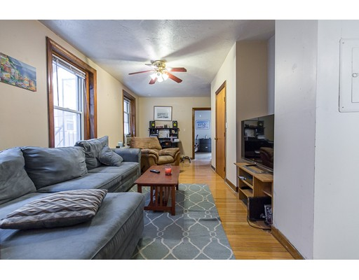 Additional photo for property listing at 11 Foster  Boston, Massachusetts 02113 United States