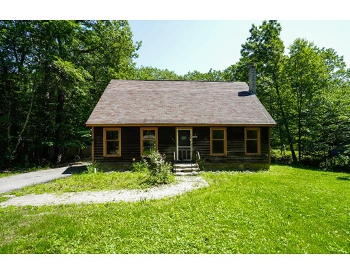 Single Family Home for Sale at 108 Dunn Road Ashburnham, Massachusetts 01430 United States