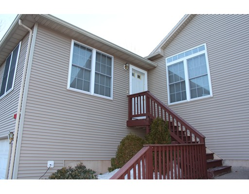 Single Family Home for Rent at 29 Castle Hill Road Agawam, Massachusetts 01001 United States