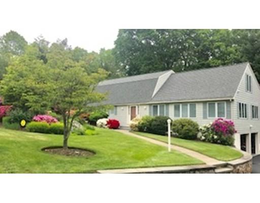 19 Amberwood Drive, Winchester, MA 01890