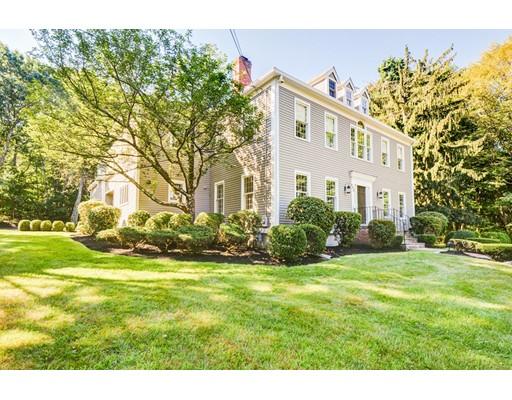 Single Family Home for Sale at 640 Canton Avenue 640 Canton Avenue Milton, Massachusetts 02186 United States