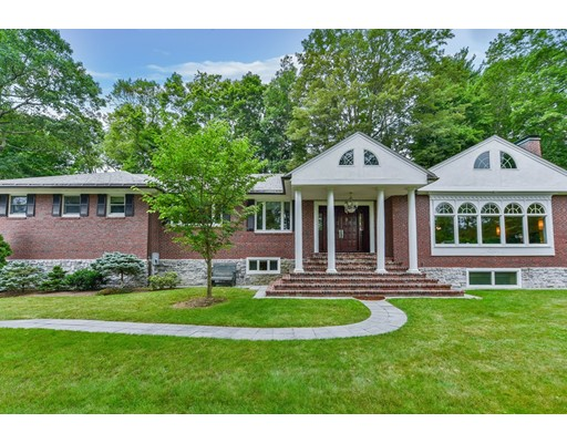 Casa Unifamiliar por un Venta en 75 Lee Street Brookline, Massachusetts 02445 Estados Unidos